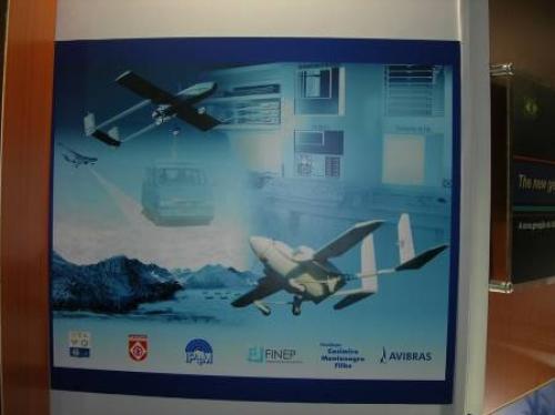 Рисунок 2. Выставочный плакат компании Avibras