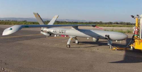 Рисунок 4. Hermes 450 на аэродроме. Техническое обслуживание