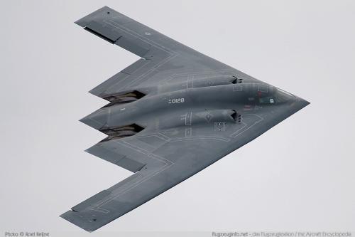 Рисунок 3. Бомбардировщик B-2A