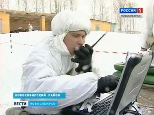 Cолдат-срочник управляет БПЛА